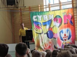 cyrk 19 3