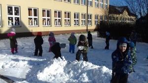 zabawy na śniegu.1